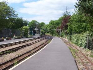 Der Bahnhof in Hythe, Richtung Dymchurch