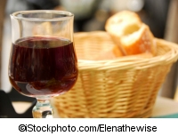 French bread and wine - ©iStockphoto.com/Elenathewise